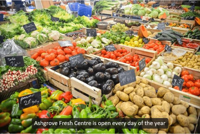 Universal Captions example - Fruit market